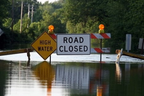 Be prepared and plan out an alternative route in case the road you want to use is closed.