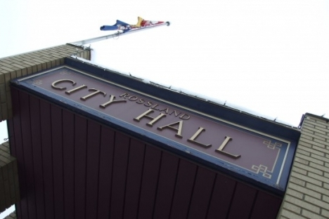 More questions than answers as Rossland's mayor apologizes for failing to consult with council